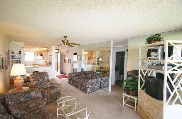 Kihei Hawaii Vacation Rental 221 (2 br 2 bth Q T)