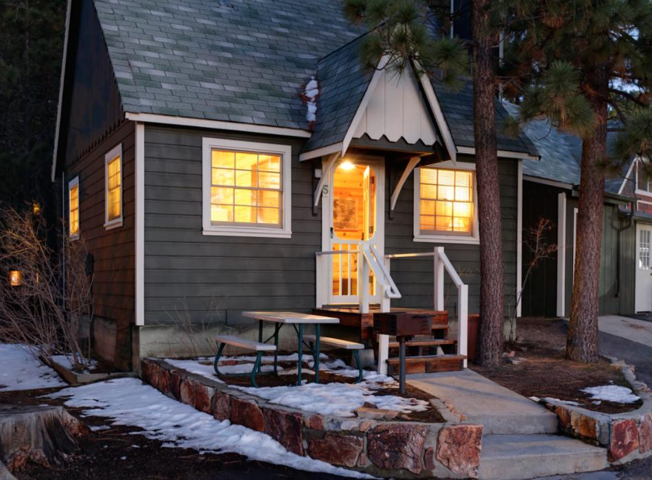 Cabin 1 [4] Vacation Rental in Big Bear Lake, California