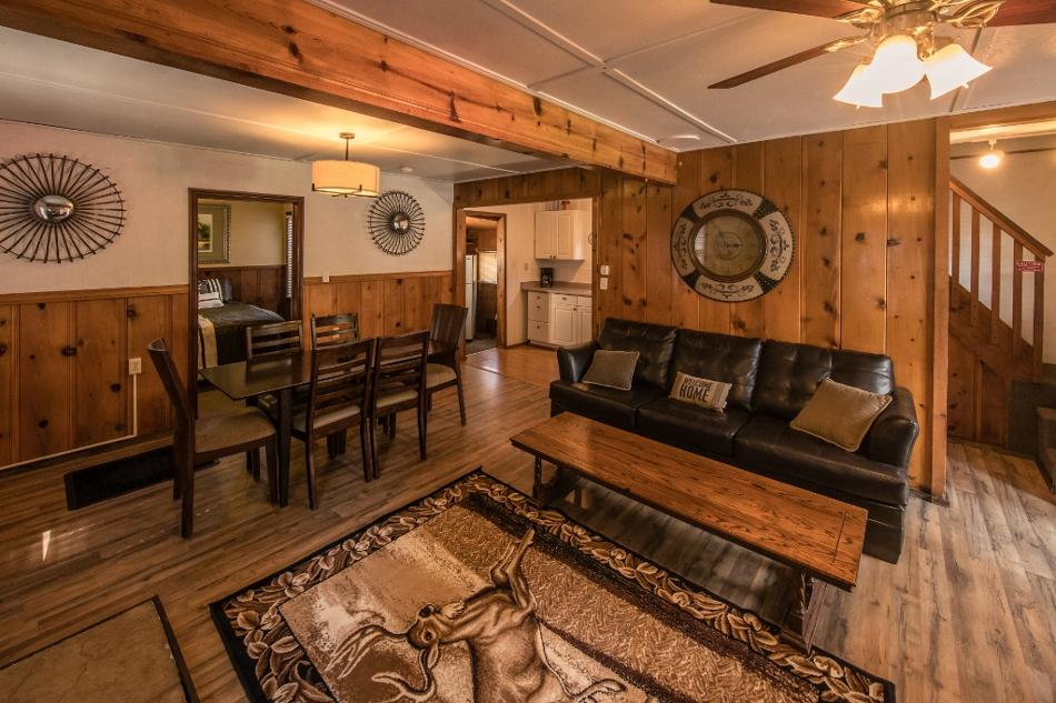 [8] Coyote Vacation Rental in Big Bear Lake, California