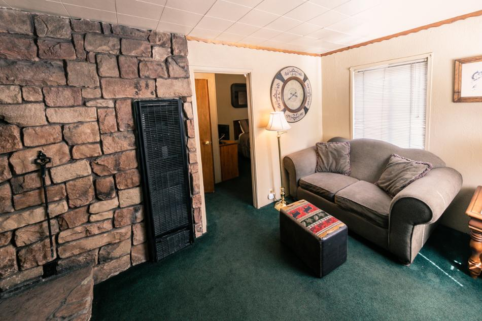[2] Beaver Vacation Rental in Big Bear Lake, California